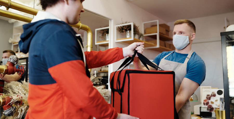third-party-or-in-house-delivery-service-pros-and-cons